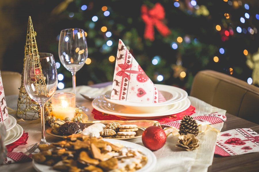 Holiday table staging for the holidays